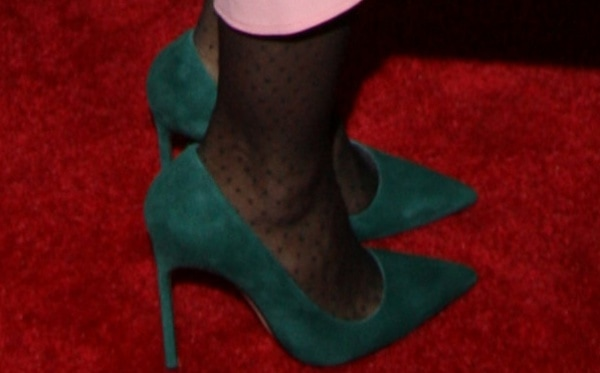 "Sarah Jessica Parker in ""BB"" pumps in forest green suede from Manolo Blahnik"