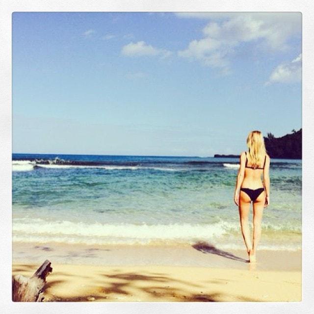 Rosie Huntington-Whiteley vacation photos