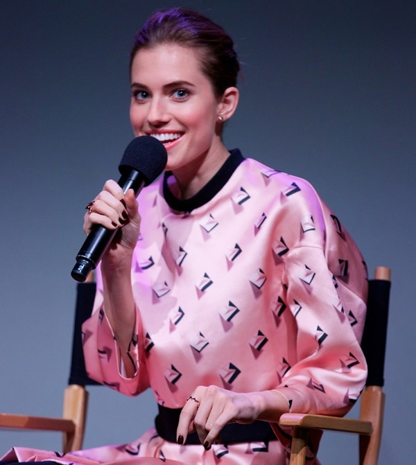 Allison Williams joins The Apple Store for a conversation