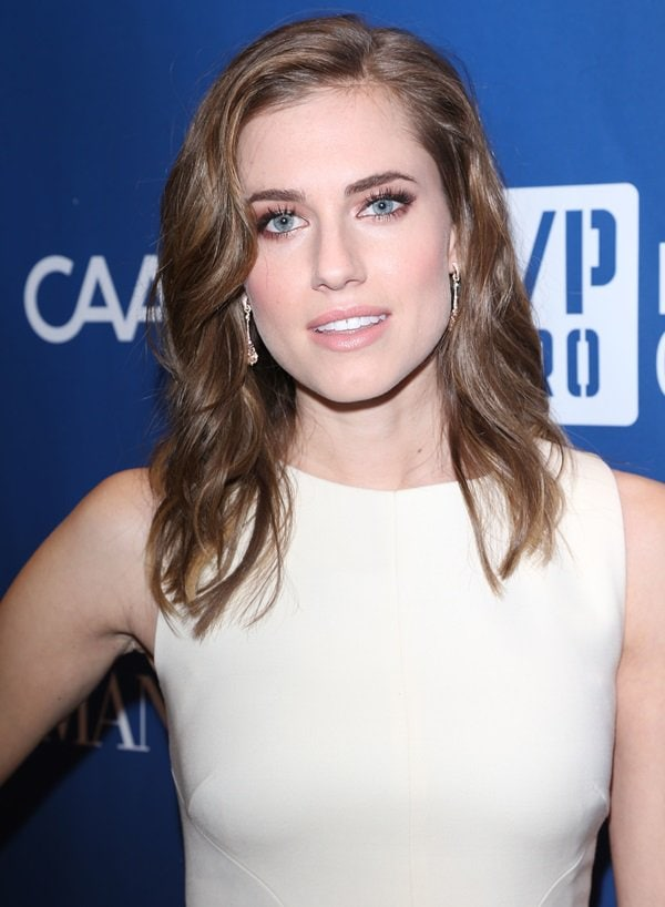Allison Williams at the Sean Penn 3rd Annual Help Haiti Home Gala benefiting J/P HRO and presented by Giorgio Armani in Beverly Hills on January 11, 2014