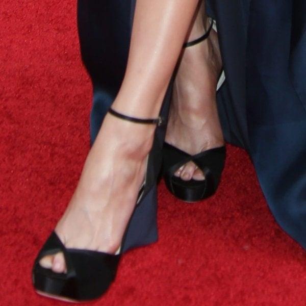 "Amber Heard showing off her feet and legs in black Jimmy Choo ""New Mariah"" platform heels"