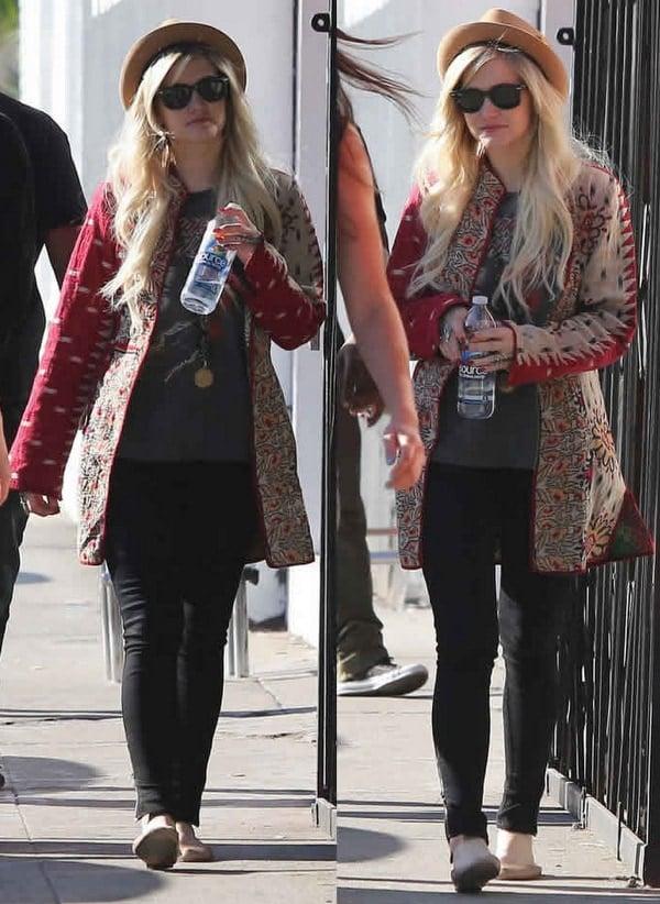 "Ashlee Simpson in Chloe ""Lauren"" Ballerina Flats"