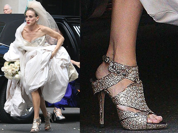 The metallic gold gladiators in Carrie and Mr. Big's wedding