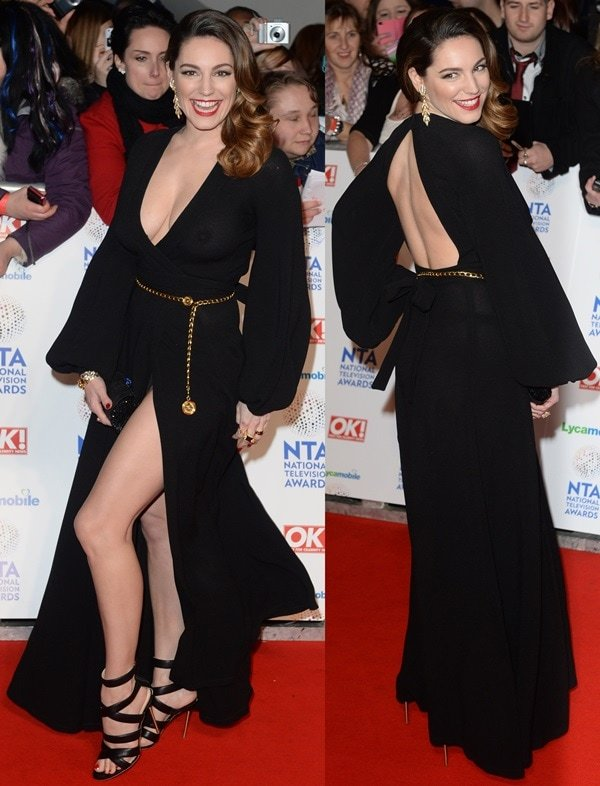 Kelly Brook went braless and revealed her nipples on the red carpet