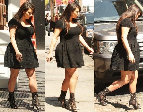Kim Kardashian departing from her Manhattan hotel