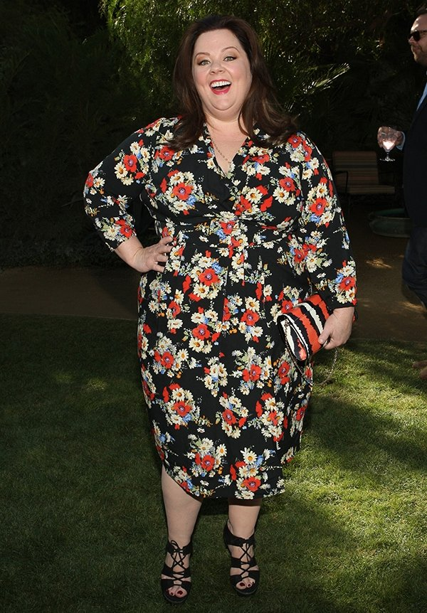 Melissa McCarthy stood out in a flattering floral-patterned wrap dress