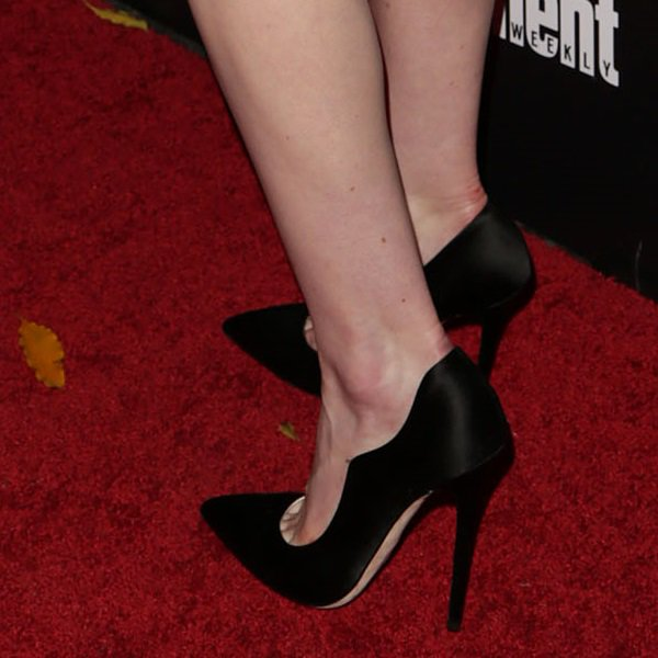 """Michelle Dockery's Brian Atwood """"Besame"""" pumps"""