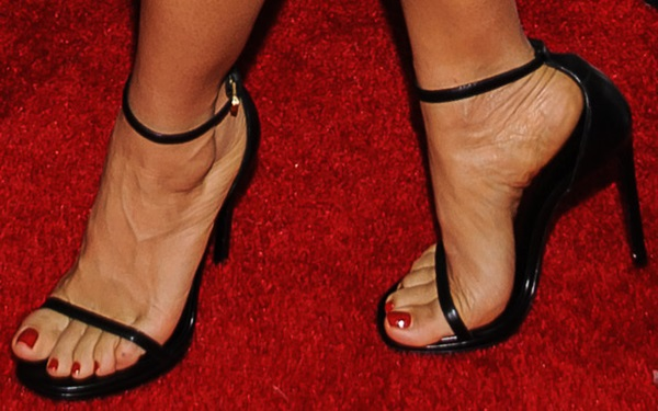 Salma Hayek's sexy feet in Saint Laurent Jane sandals