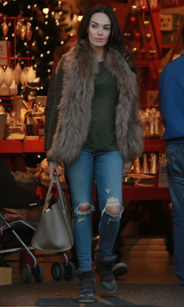 Tamara Ecclestone wearing ripped jeans