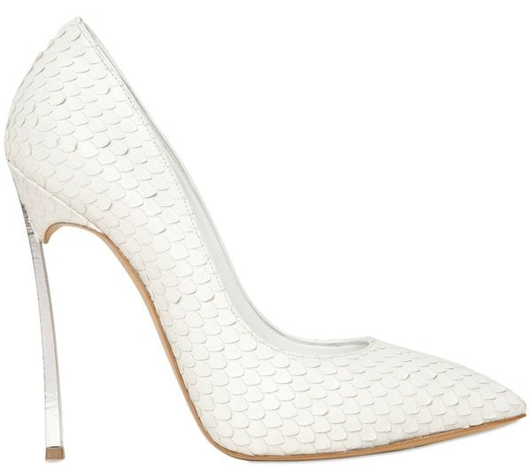 casadei closed toe pumps in snake texture