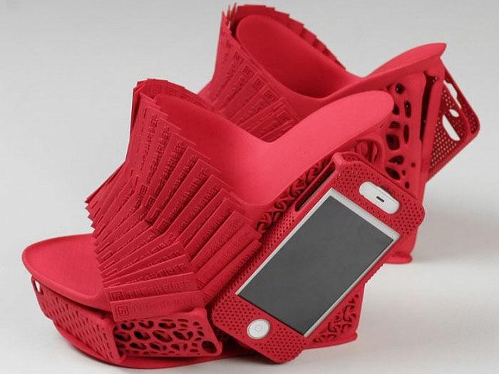 iPhone shoe holder