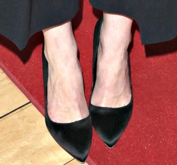 Michelle Dockery wearing 'Elba' pumps from Rupert Sanderson