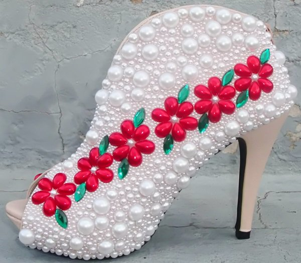 shoes with red flowers and white pearls