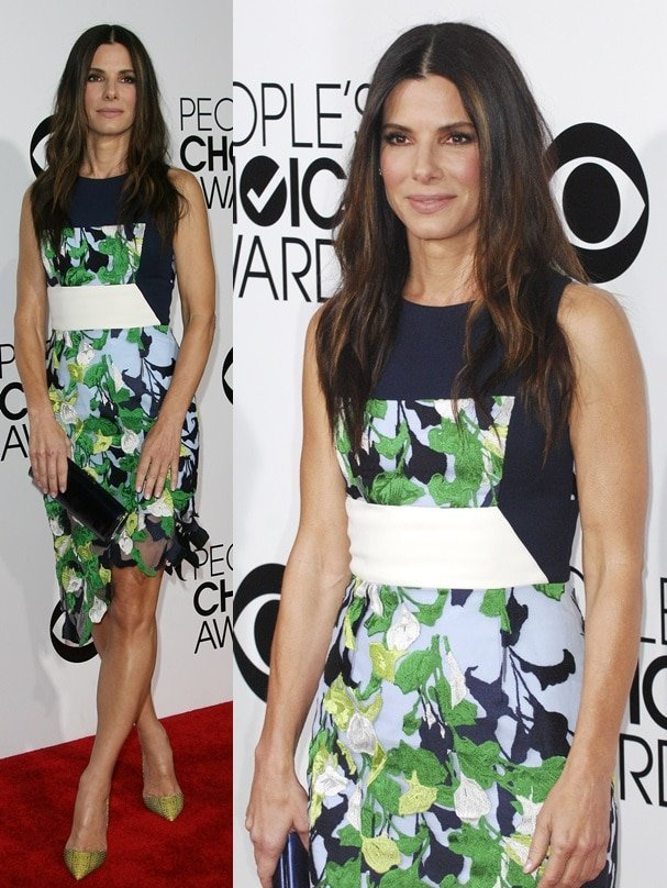 Sandra Bullock wearing a printed frock at the 2014 People's Choice Awards held at the Nokia Theatre L.A. Live in Los Angeles on January 8, 2014