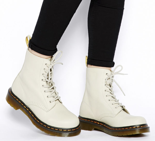 Dr Martens Core Pascal Ivory 8-Eye Boots