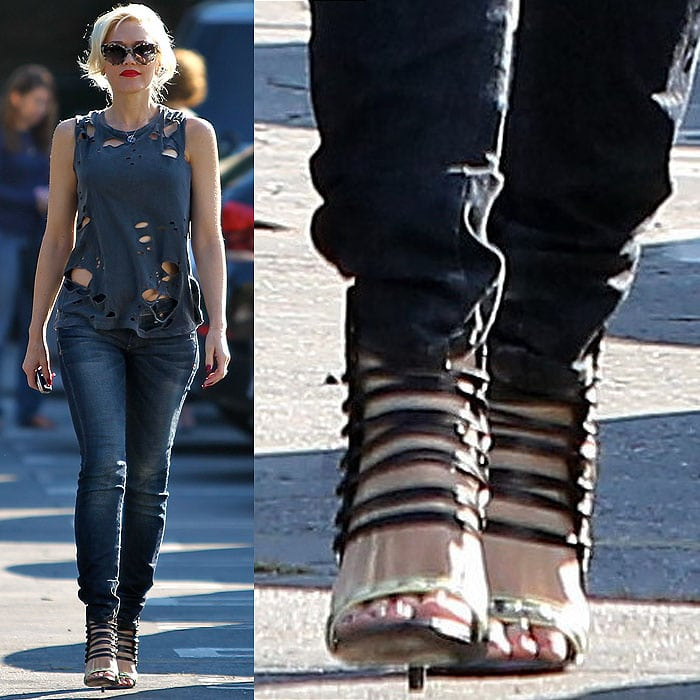 Gwen Stefani wearing black strappy sandals