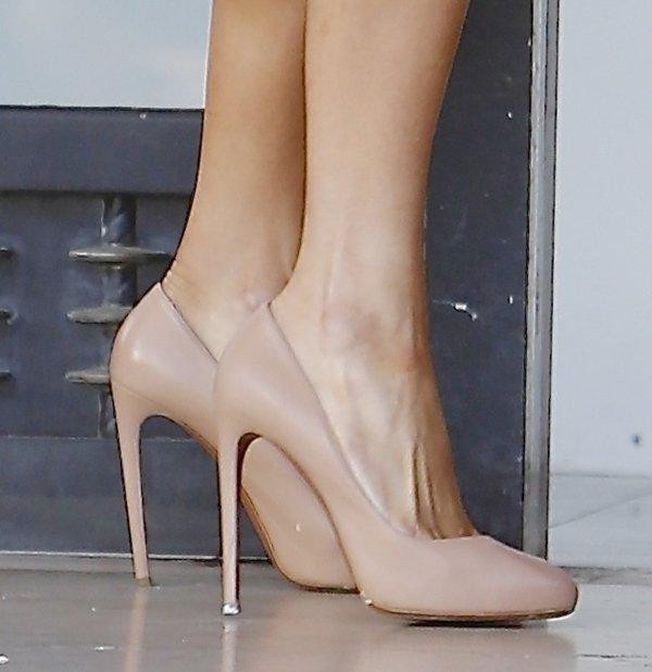 Paris Hilton Nude Pumps