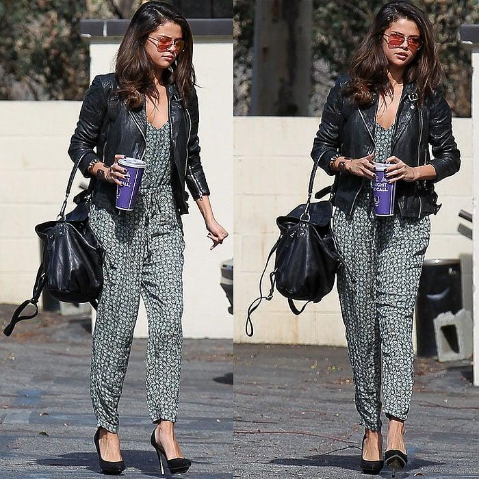 Selena Gomez Zara dOrsay pumps 1