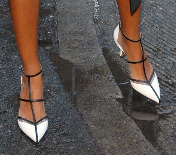 Solange Knowles wearing Michael Kors 'Sahar' pumps