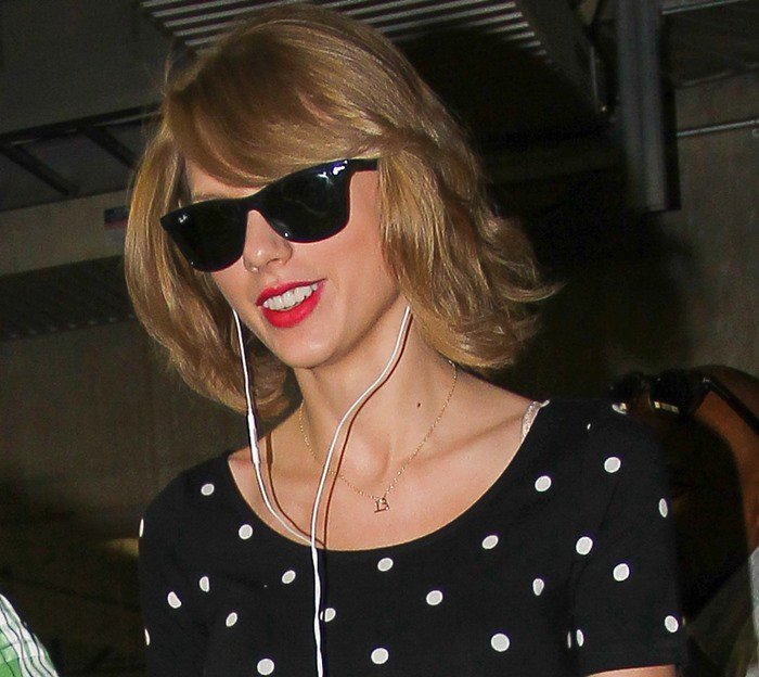 Taylor Swift out shopping in Hollywood