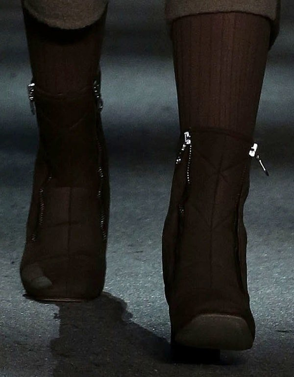 Marc Jacobs Fall 2014 quilted zippered boots (runway)