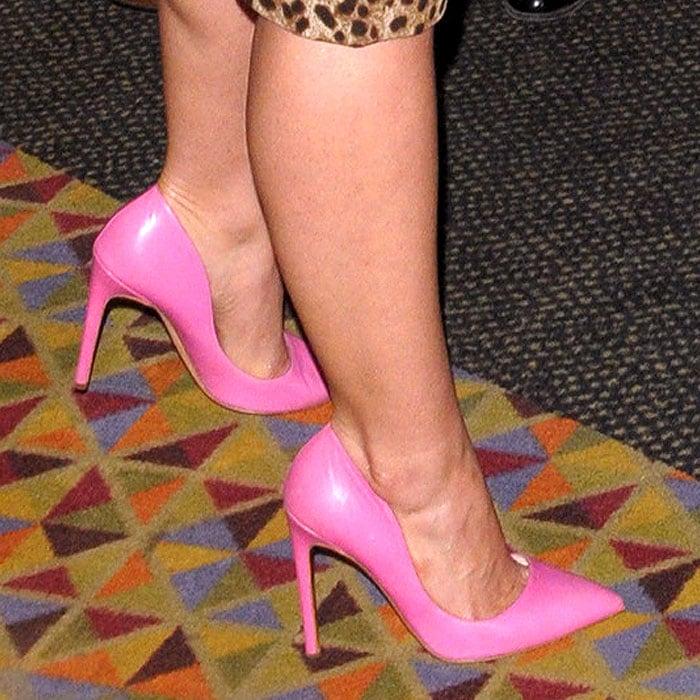 America Ferrera pink Rupert Sanderson pumps