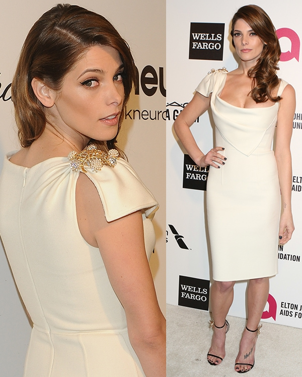 Ashley Greene'sluscious curls and gorgeous makeup looked perfect as well