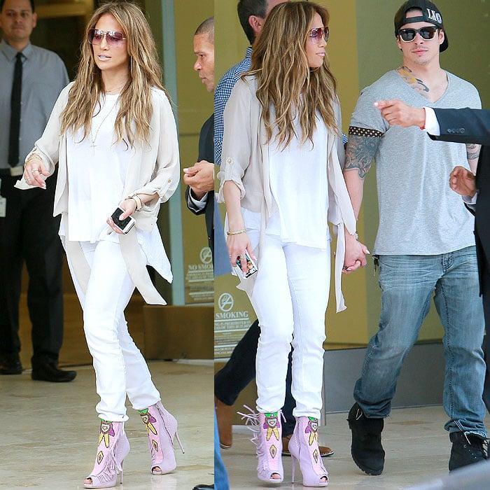 Jennifer Lopez wears her hair down as she leaves the Power 106 FM studios in Los Angeles