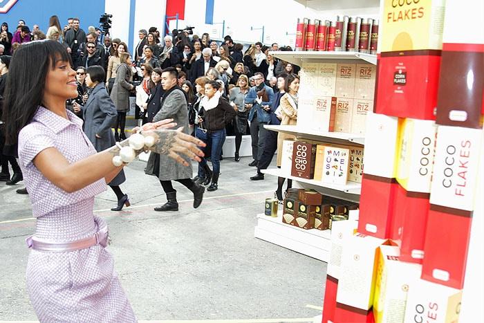 Rihanna Chanel coco flakes