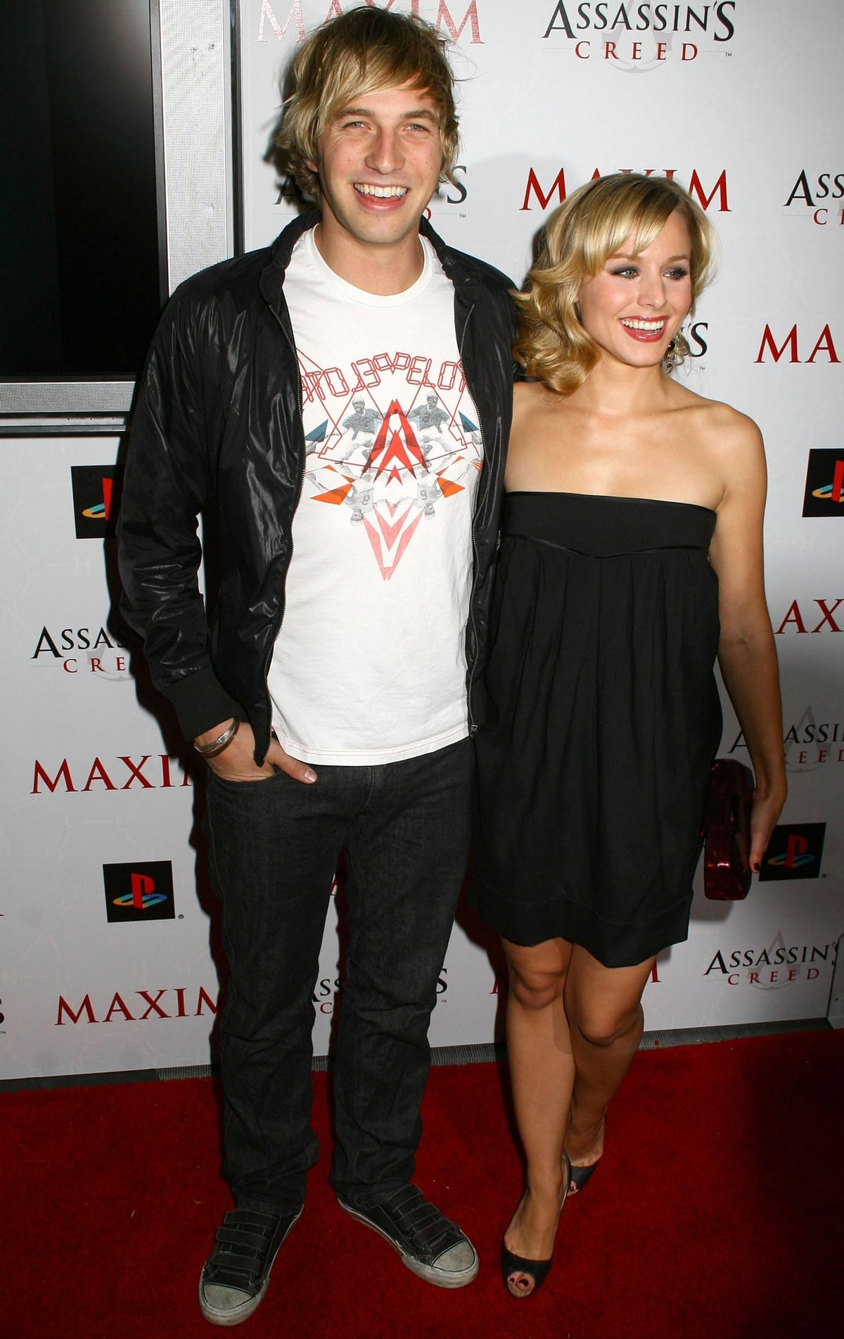 Ryan Hansen and Kristen Bell at the Maxim party for the videogame Assassin's Creed