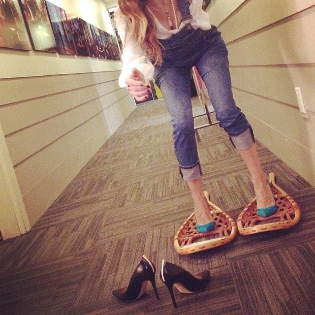 Sarah Jessica Parker SJP snow shoes (2)