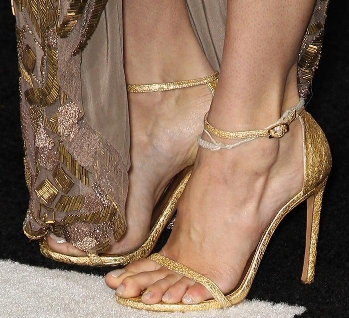 Shailene Woodley's feet ingold heels from Stuart Weitzman