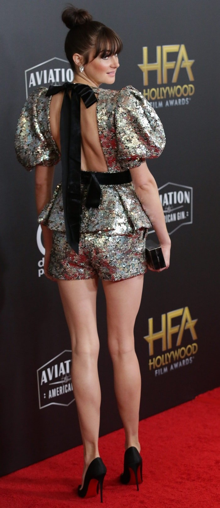 Shailene Woodley with legs for days at the 2018 Hollywood Film Awards