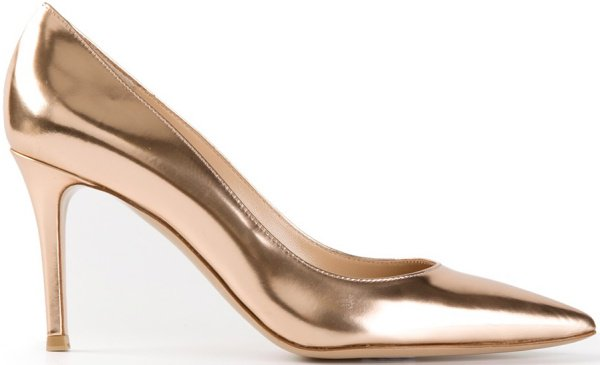 Gianvito Rossi Pointed-Toe Pumps in Gold