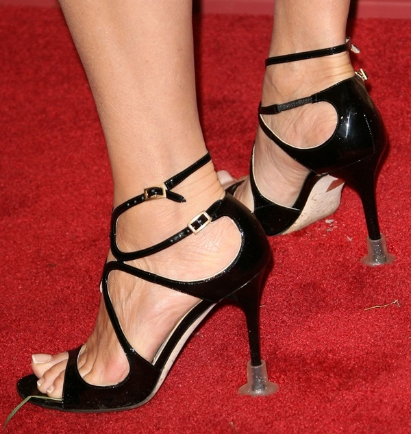 Jane Seymour protects her black Jimmy Choo heels from damage