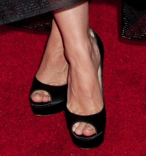 Kristen Bell shows off her feet in black Jimmy Choo high heels