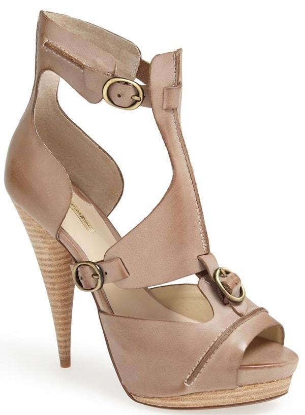 max studio xpat sandal