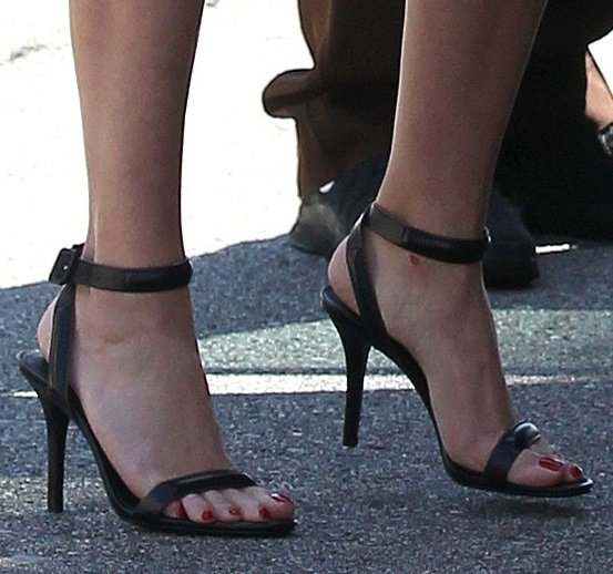 Reese Witherspoon's pretty feet in ankle-strap sandals