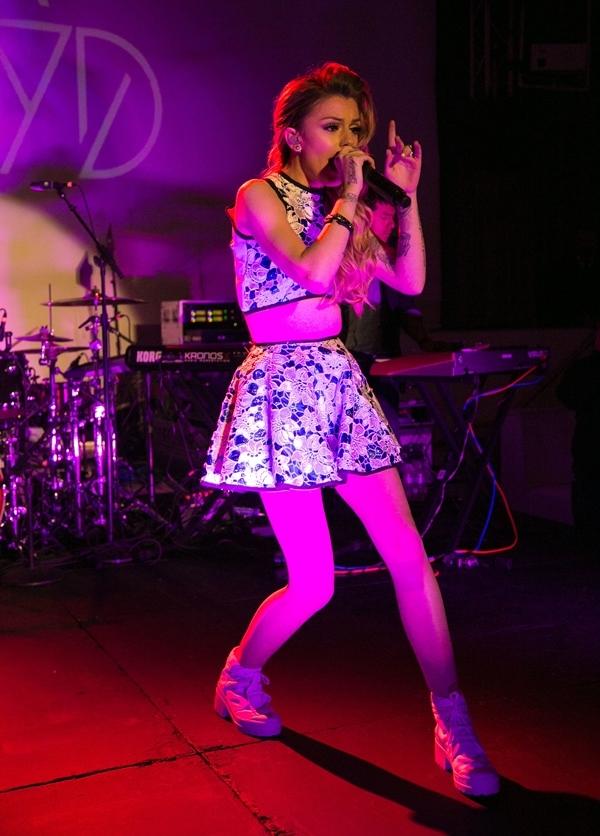 Cher Lloyd Hollywood Rocks Performance