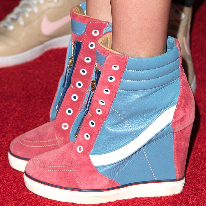 Eva Amurri Martino Tommy Hilfiger sneakers