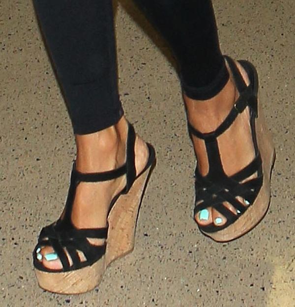 Eva Longoria wearing Steve Madden's 'Wildness' wedge sandals at LAX