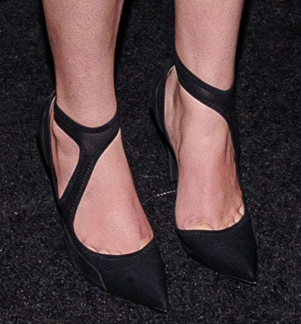 Hailee Steinfeld wearing Balenciaga pumps