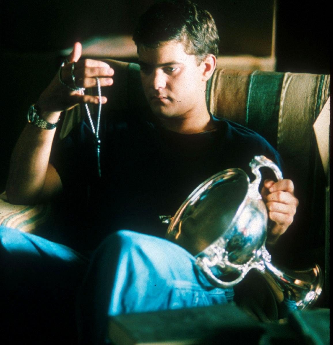 "Joshua Jackson as Lucas John ""Luke"" McNamara in the 2000 American thriller film The Skulls"