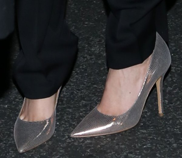 Kate Upton wearing Salvatore Ferragamo metallic pumps