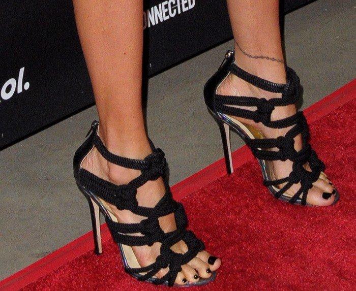 Nicole Richie in edgy Jimmy Choo 'Kalmar' rope sandals
