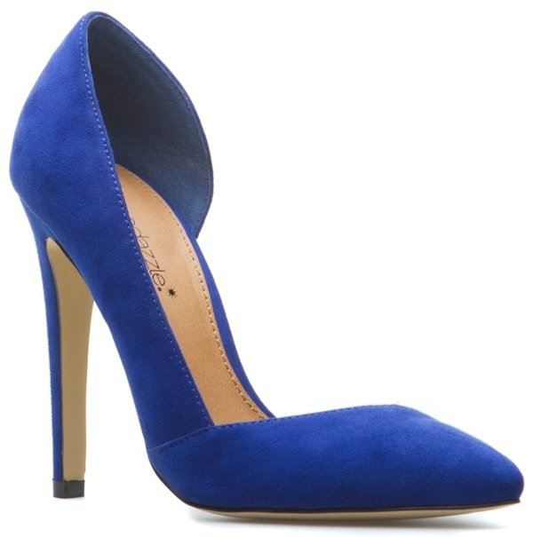 Nelle in Blue and Gold