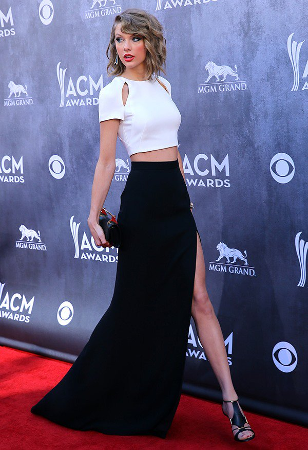 Taylor Swift at the 49th Annual Academy of Country Music Awards at MGM Grand Resort and Casino in Las Vegas on April 6, 2014