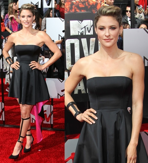 Jill Wagner wears a sexy strapless black dress at the 2014 MTV Movie Awards