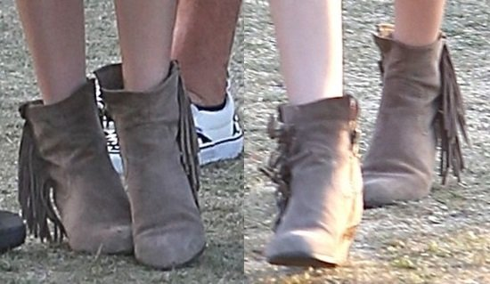 Victoria Justice went Western with a pair of fringed boots