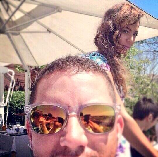 Twitter user Bey_Legion's stolen selfie with Beyonce - posted on May 11, 2014